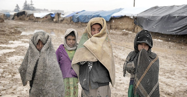 displaced Afghan children
