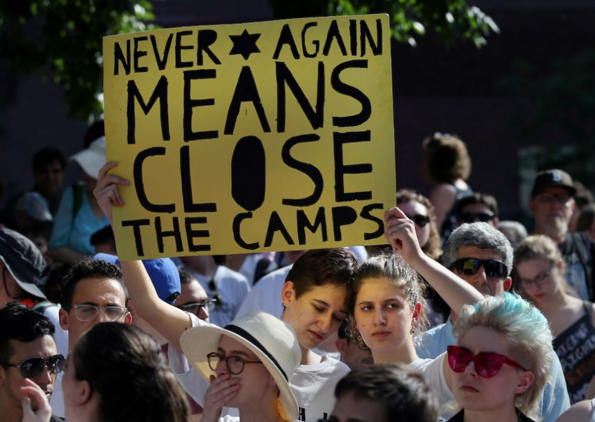 """Jewish Youth Say """"Never Again"""" As They Protest Trump's"""