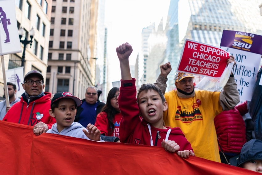 Chicago Teachers Won Public Support for Their Strike. Here's How.