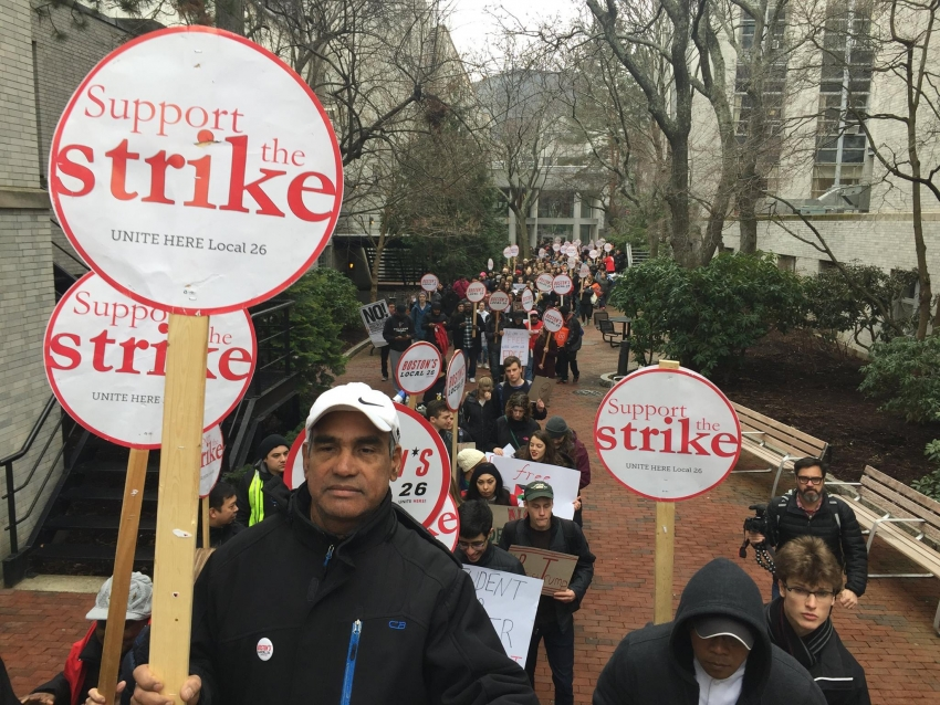 """Workers Strike to Protest Trump: """"There Is Power in Our Unity"""""""