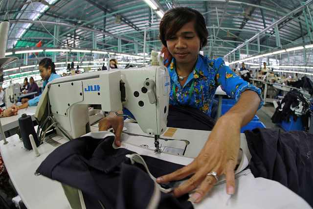 the issue of the low wages of garment workers in cambodia and the solution to the problem